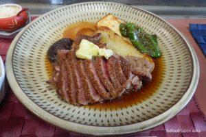 「ビーフステーキ専門店ひよこ」これが金沢の伝説!半世紀以上も前から熟成ヒレステーキ1品勝負!味もビジュアルも全てが記憶に残る。現在の価格は、、、