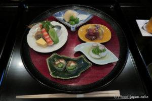 「紋(もん)」金沢の新名所!3つの顔を持つお店。泉鏡花の世界に酔う!明治期の大邸宅をリノベーションした素晴らしき場所