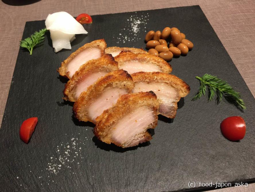 「桃花片」麻婆豆腐の零式がやっぱり好き!白式とは?スペシャリテ皮付き豚肉クリスピー焼きも美味。こんなところにうまい店!実は無化調にこだわり