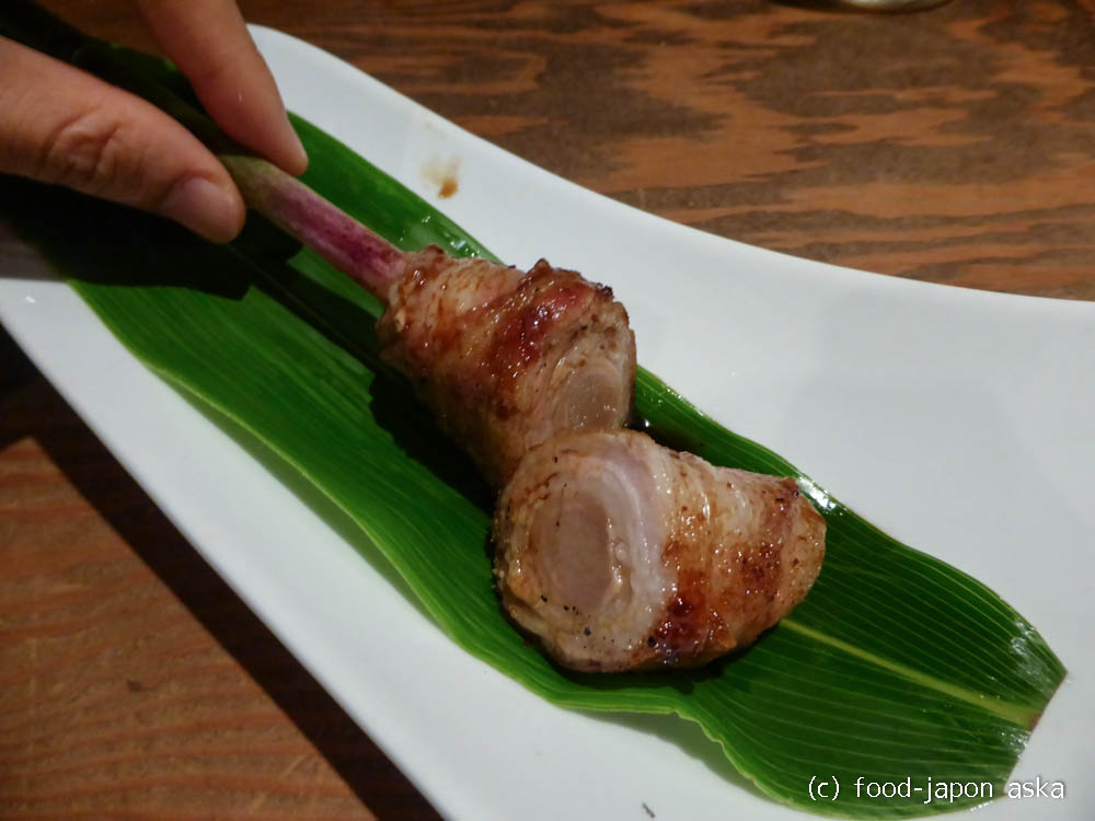 """「串酒屋Katsu」通向けのこだわり串!焼カマンベールや山芋、初夏定番の""""やなか生姜と豚肉の炭火焼""""も美味!"""