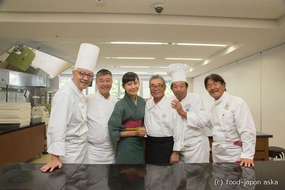 「Top of Cook」道場先生、坂井シェフ、陳建一シェフ、落合シェフ、辻口シェフ。スーパースイーツ名誉教授による夢のイベントが開催されました!私は料理解説をしました。