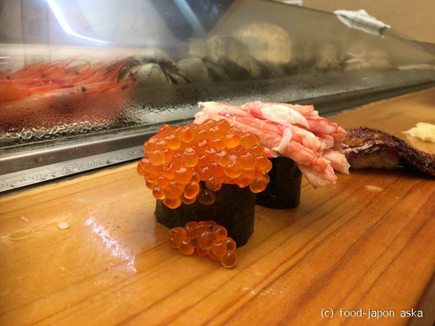 """「寿司処 松の」かほく市にあるデカネタすしで有名なお店。いつものすしではなくデカネタを楽しみたいときに訪れるべき場所。大将の優しさも人気の理由。話の""""ネタ""""にも~"""