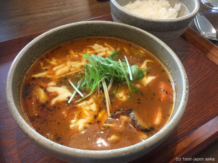 「さくらチョップ」おいしいスープカレーというものを金沢に伝えてくれた伝道師。MOGUの姉妹店が県庁前に!期間限定の富良野メロンもお見逃しなく