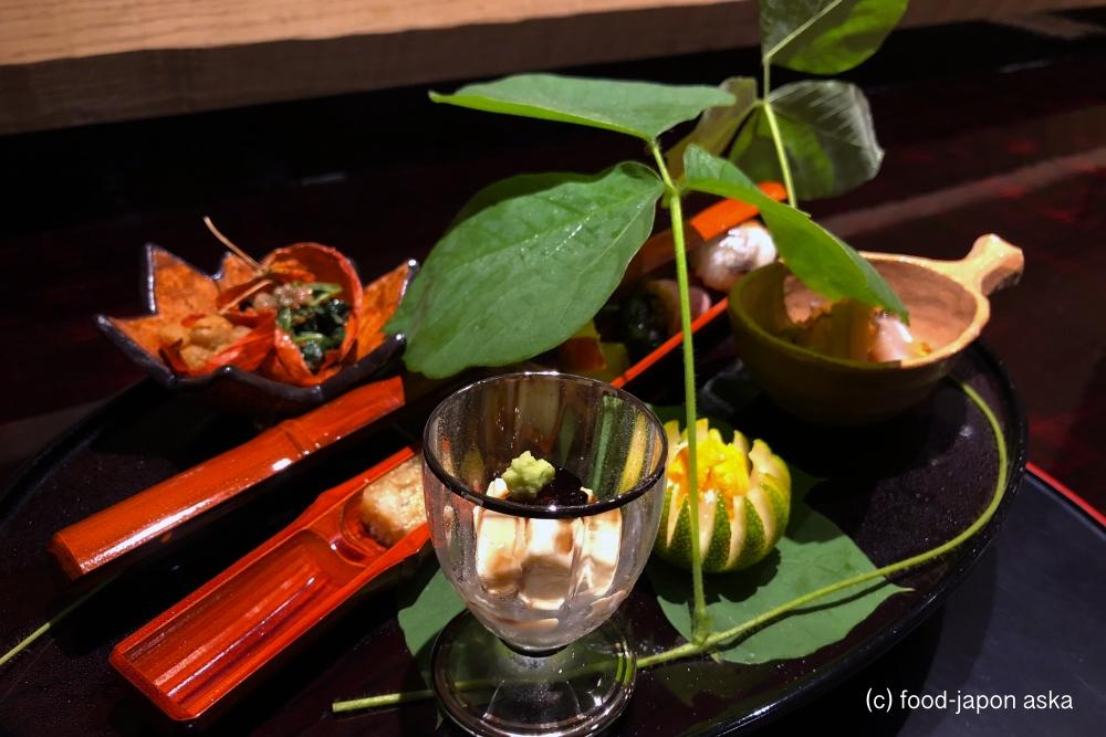 """「金澤 平山」一度行ったら再訪確実。随所に""""工夫""""あり、演出も素晴らしく終始楽しめる!季節感が咲き誇る日本料理店。"""