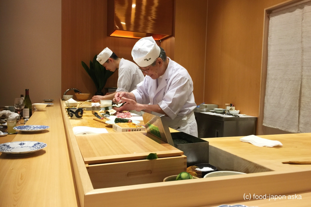 「小松弥助」弥助ワールド健在!レジェンドのオーラ全開!すしを食べさせることで人を幸せにするのが世界一うまい人物